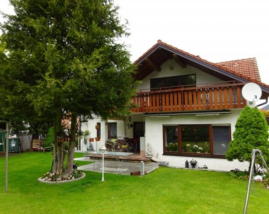 VERKAUFT! Zweifamilienhaus mit Einliegerwohnung in Aalen-Zochental (Obj. 939H00)