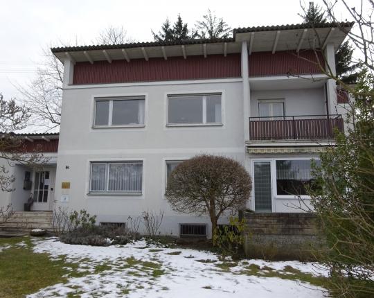 VERKAUFT! Freistehendes Wohnhaus mit Büroanbau in zentrumsnaher Lage von Aalen-Wasseralfingen (Obj. 972H00)