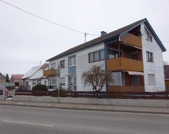 VERKAUFT! Großzügiges Wohnhaus mit Büro-/Lageranbau in Aalen-Ebnat (Obj. 970H00)