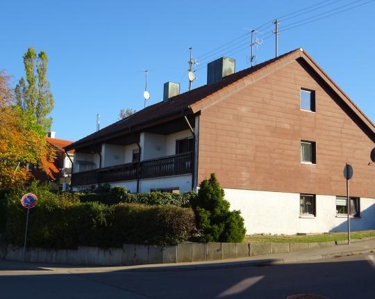 VERKAUFT! Familienfreundliches Einfamilien-Reiheneckhaus in Aalen-Dewangen (Obj. 988H03)