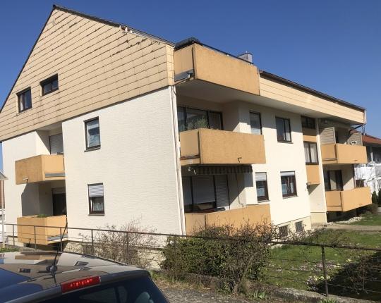 VERKAUFT! Gepflegte 2-Zimmer-Wohnung mit Balkon (Obj. 1053W00)