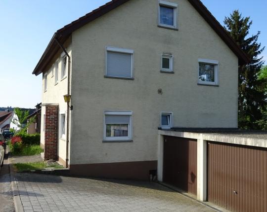 VERKAUFT! Freistehendes Zweifamilienhaus (Obj. 1050H00)