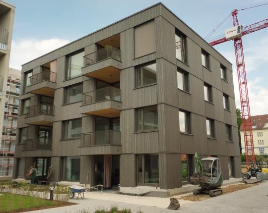 VERKAUFT! Moderne und helle 3-Zimmer-Neubau-Wohnung mit Terrasse (Obj. 1055W00)