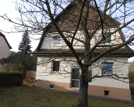 Verkauft! Freistehendes Einfamilienhaus in Zentrumsnähe (Obj. 1076H00)